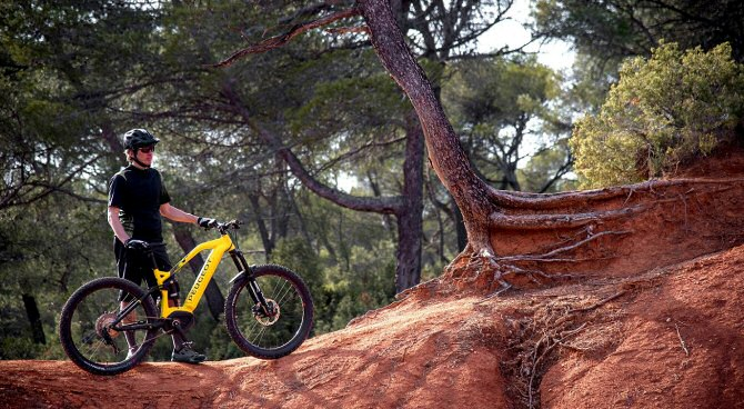 Prolonga la aventura en los recorridos de montaña más exigentes. Imagen: mountainbike