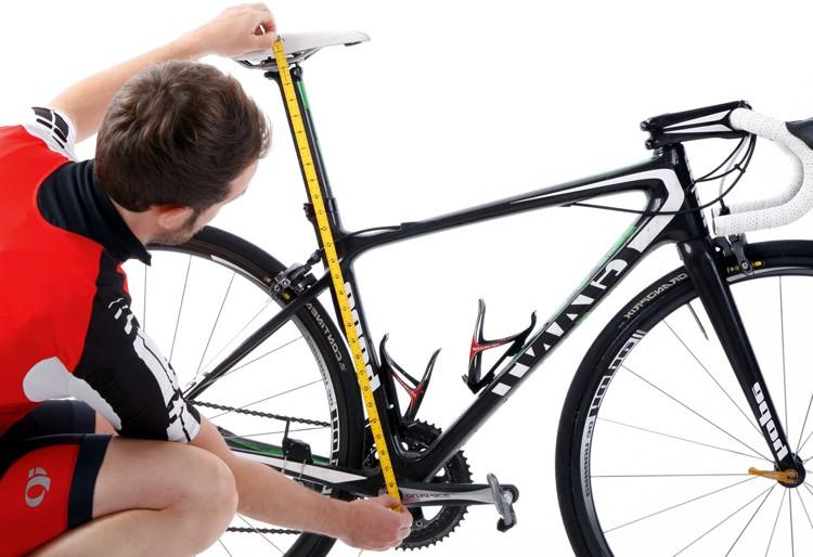 Aprende a ajustar el sillín para pedalear bien