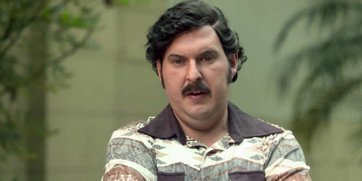 Andrés Parra interpretando a Escobar
