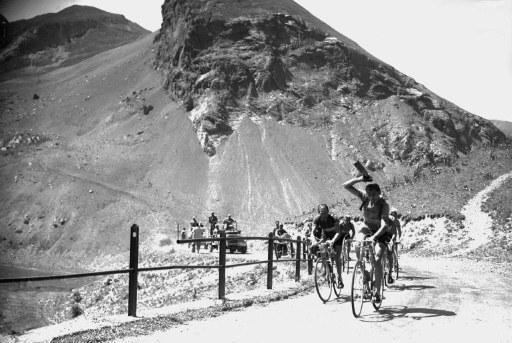 El primer campeón leyenda del ciclismo mundial