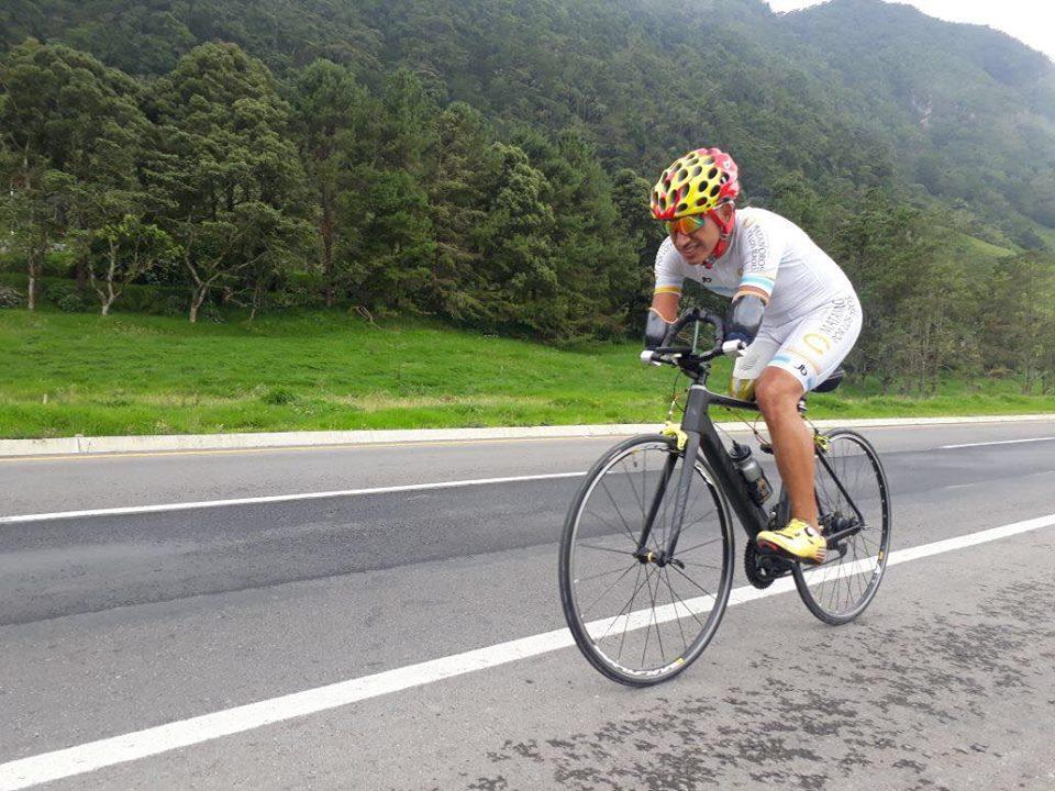 El pedalista amputado que quiere llegar a Tokio