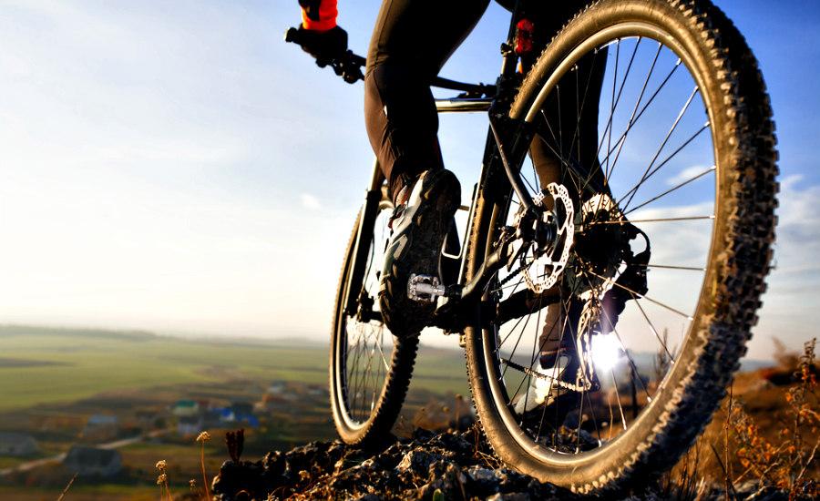 Aprende a usar las ruedas adecuadas en la carretera