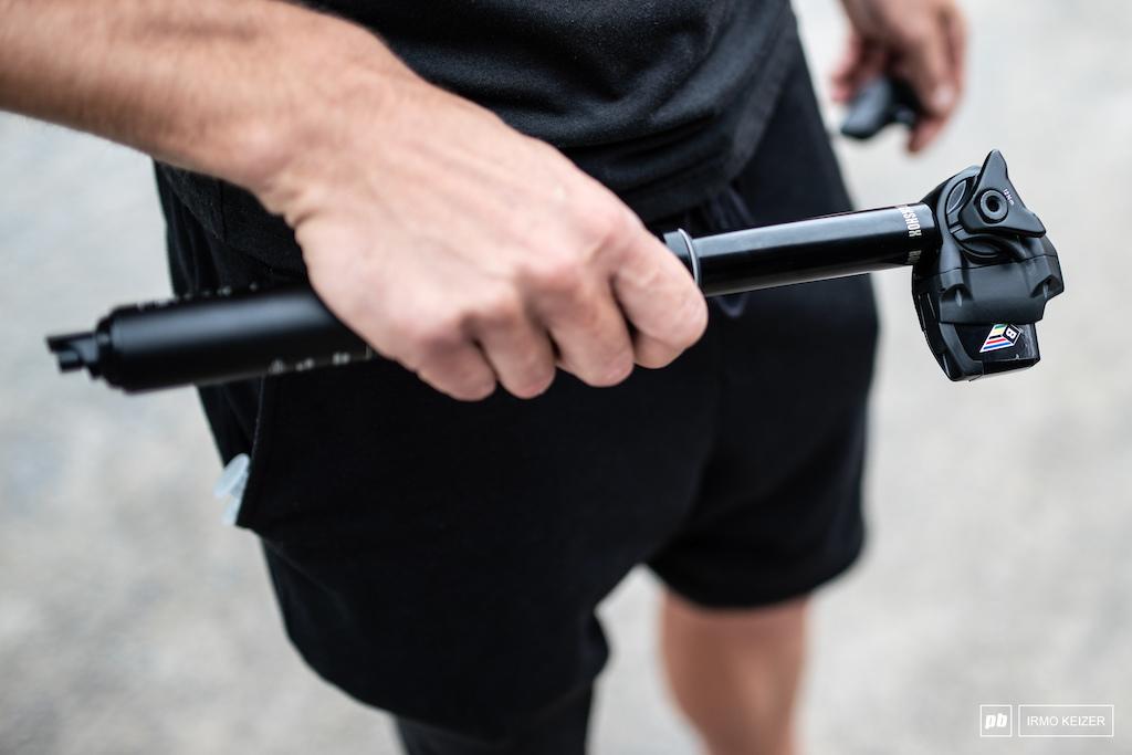 Tija telescópica con regulador de posición para tu bici de montaña