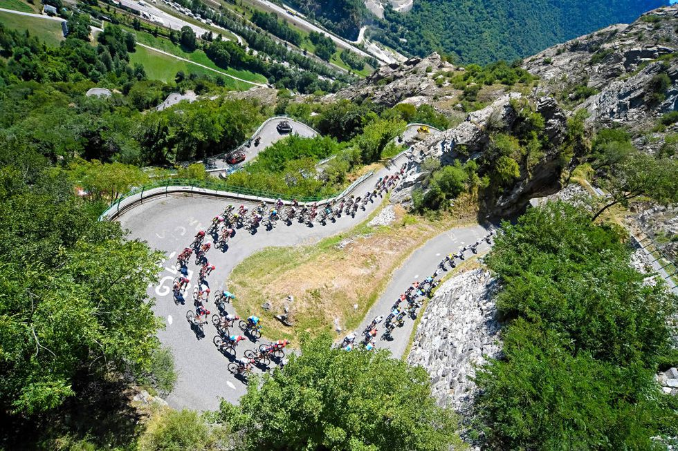21 curvas de herradura del mítico ascenso al Alpe d'Huez