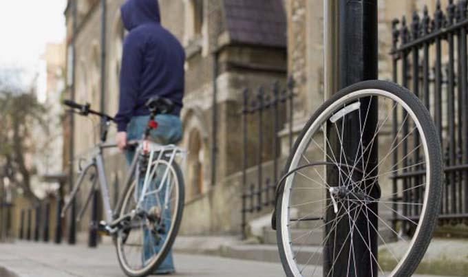 Los ladrones aprovechan los descuidos de los ciclistas