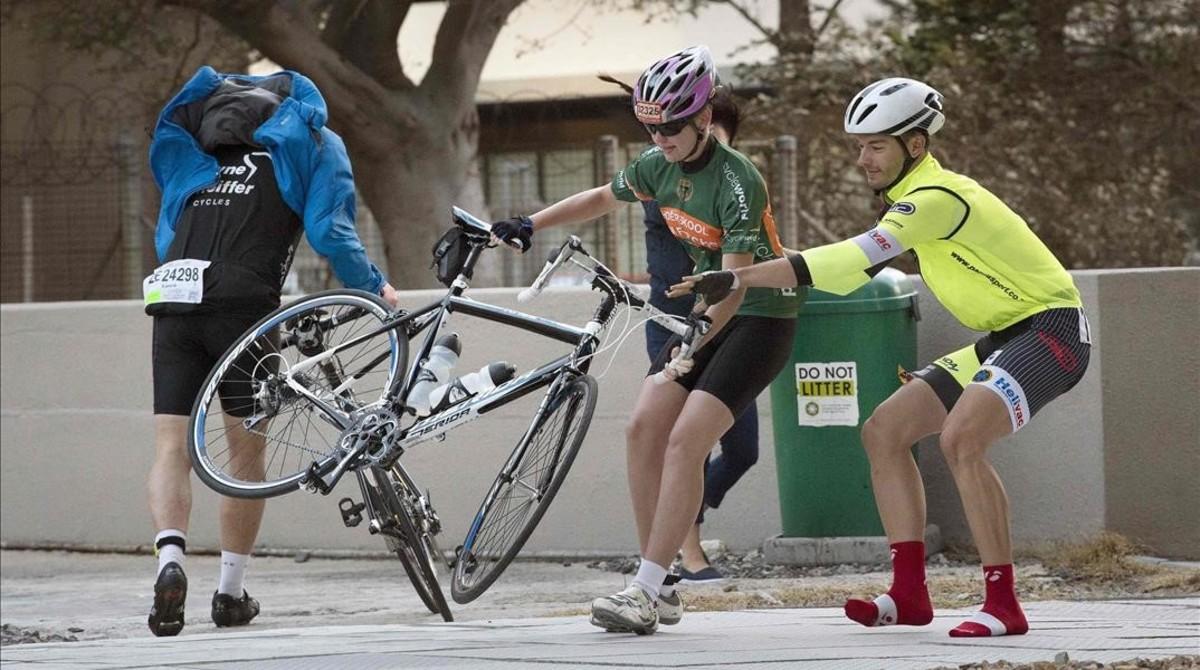 Ciclismo y viento, cómo afrontarlo