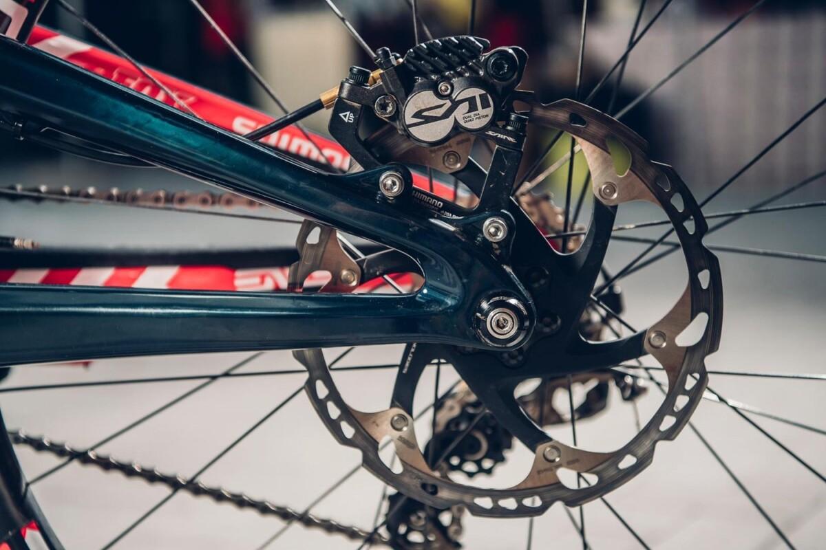 La UCI aprobó los discos de freno