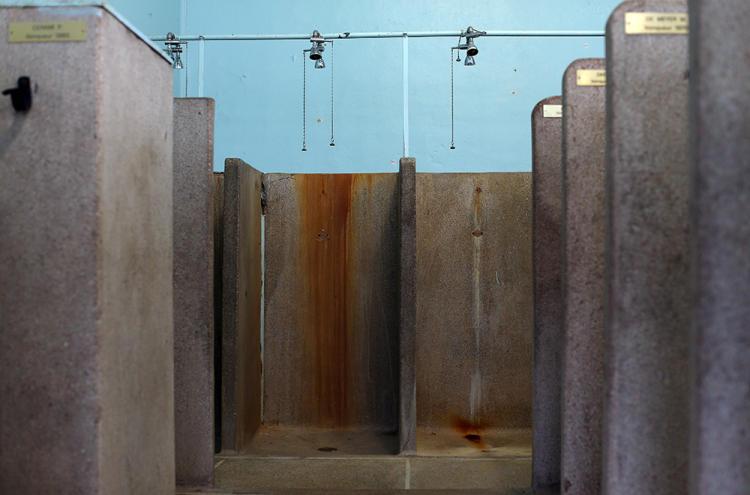 Las duchas donde se bañaban los corredores en los años de guerra
