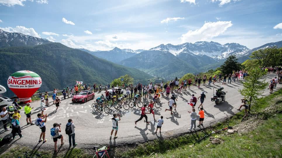 El Giro en lo más alto