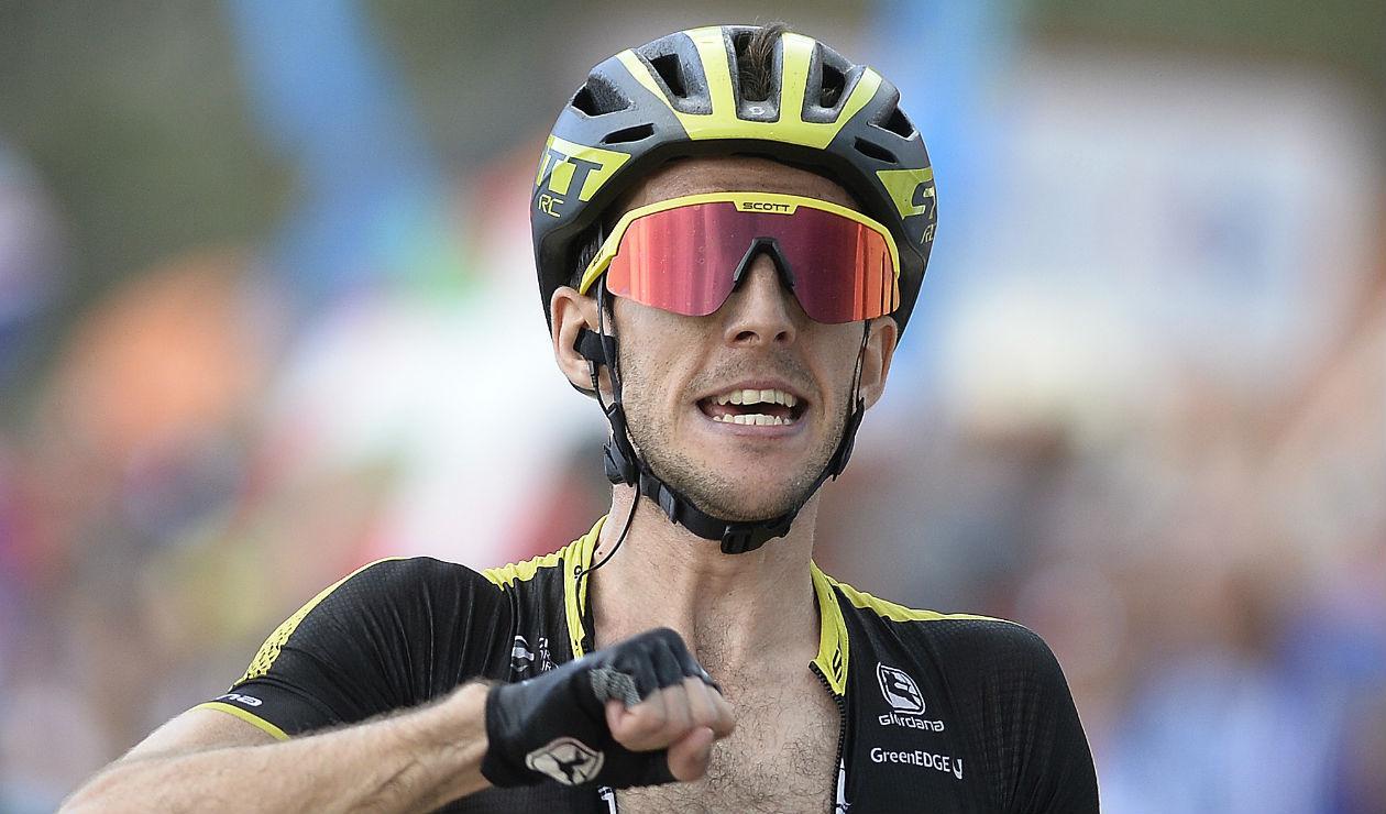 Ciclista inglés que generó polémica en el Giro