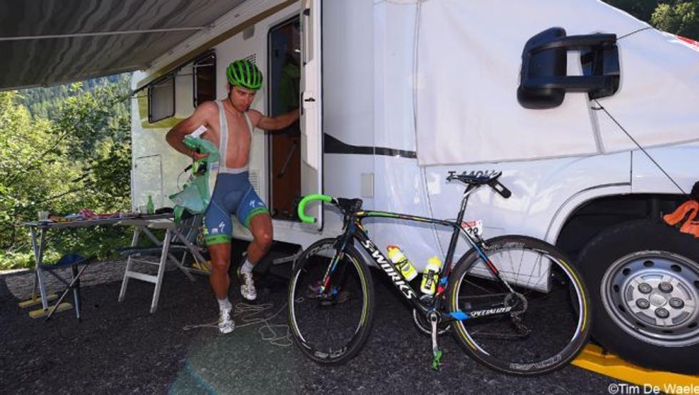 El ciclista alemán entró en el bus