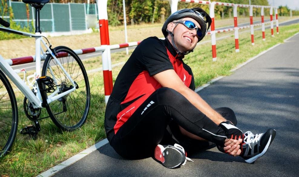 Ciclismo: cómo prevenir el dolor en el tendón de Aquiles