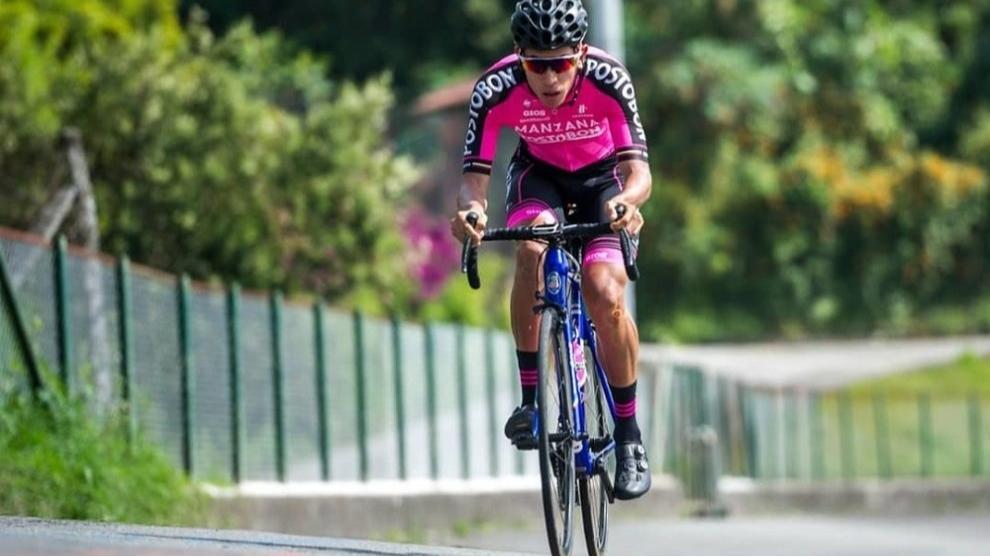 El ciclista Amador ahora es mesero