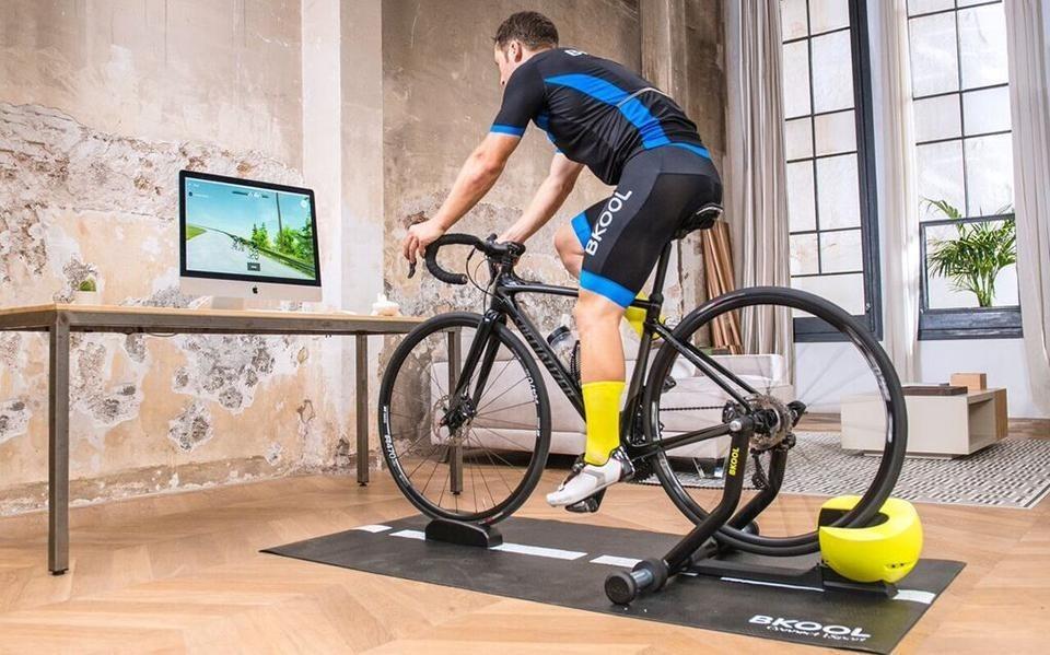 Entrena en casa ciclismo
