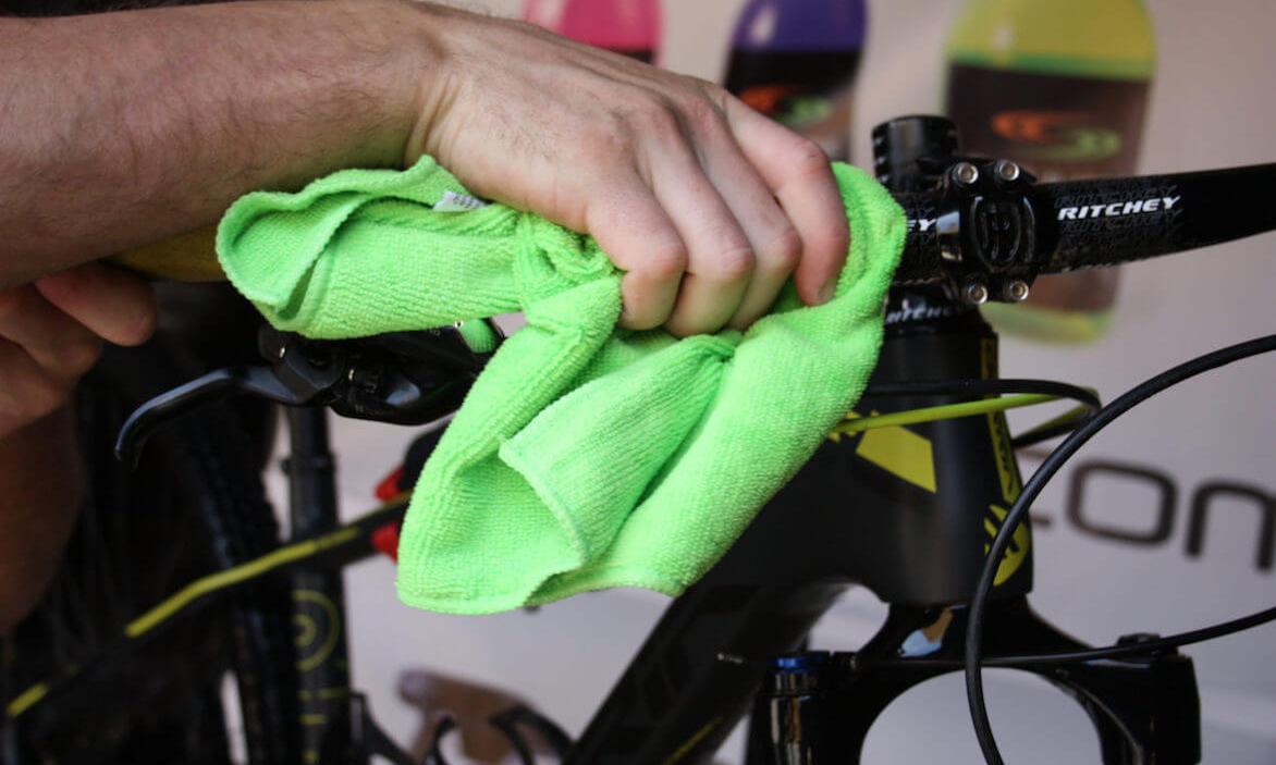 Desinfección de la bicicleta