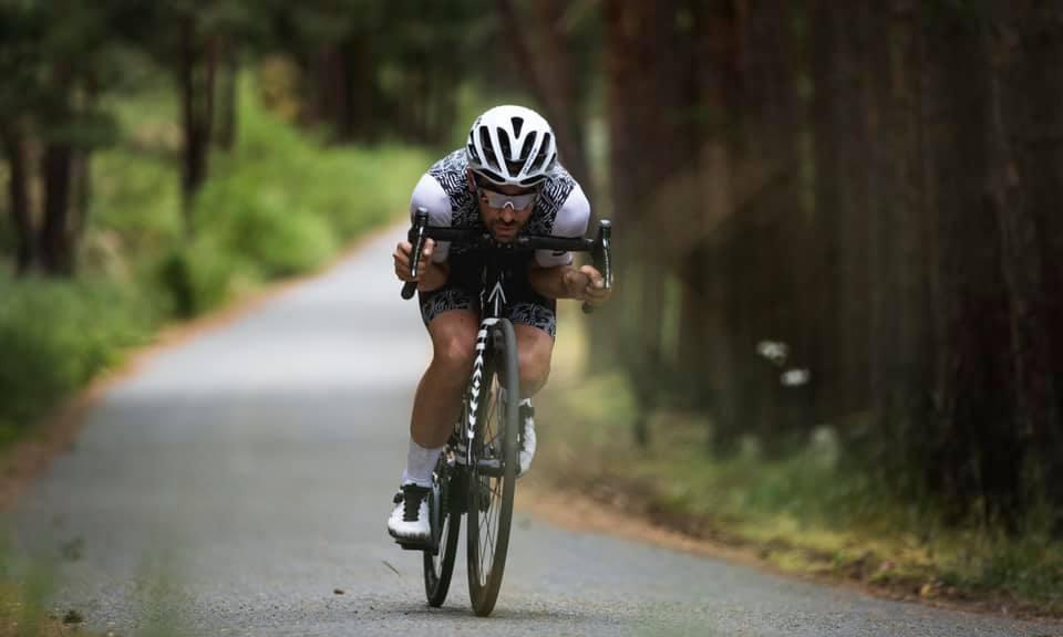 Contador rompió el récord del Everesting