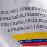 El jersey de Mariana Pajón con los nombres de los médicos que no pudieron ganarle la carrera al covid-19