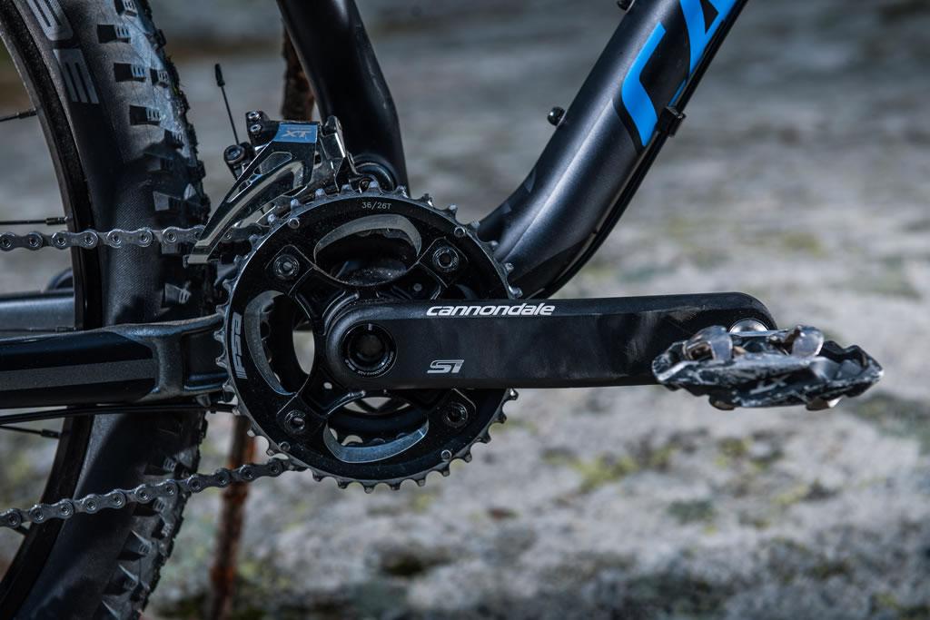 Evitar los cruces diagonales de la cadena nos permitirá aumentar la vida útil de este componente de la transmisión y lograr un pedaleo mucho más eficiente.