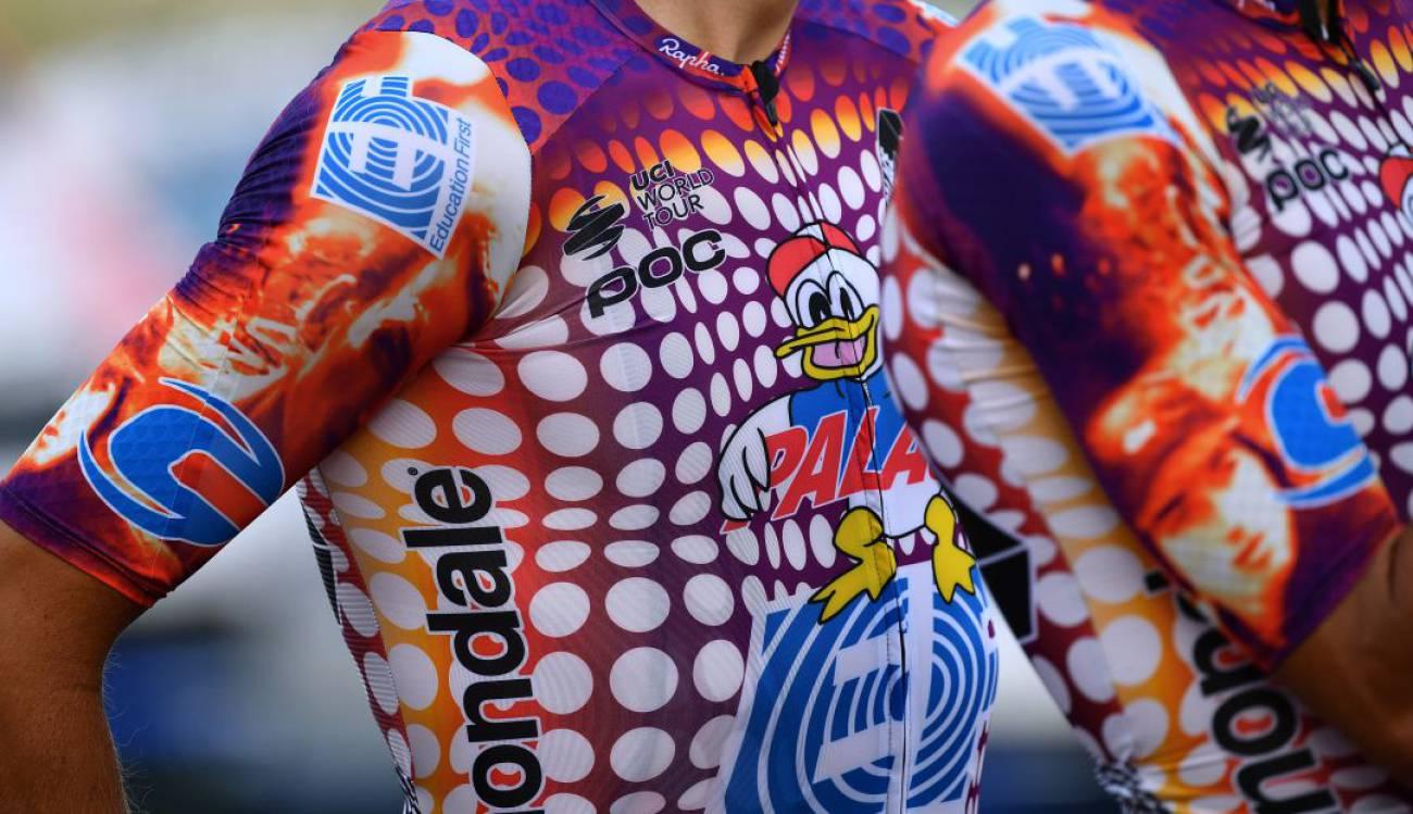 La UCI multó al EF Education First por su nuevo uniforme, ¿cuál fue la razón?