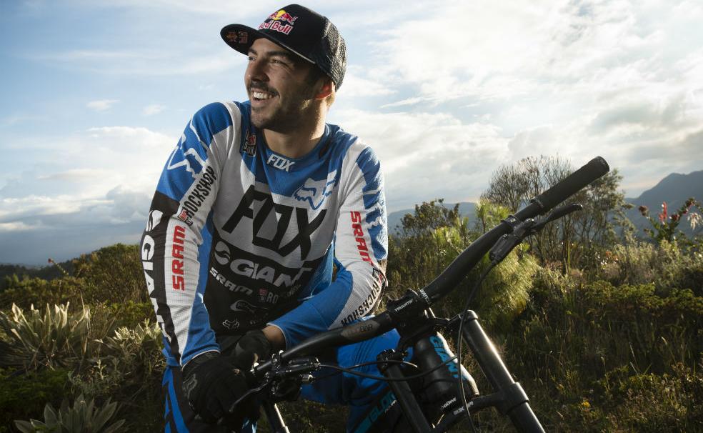Aprende a frenar correctamente con los consejos de Marcelo Gutiérrez, un atleta Red Bull