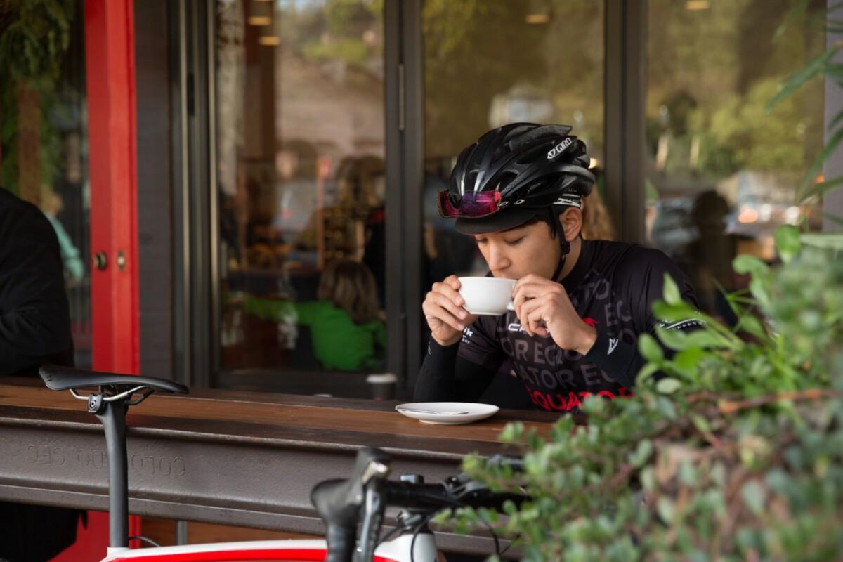 Pros y contras de beber café cuando eres ciclista