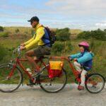 Cinco tips para viajar en bicicleta con niños de forma segura